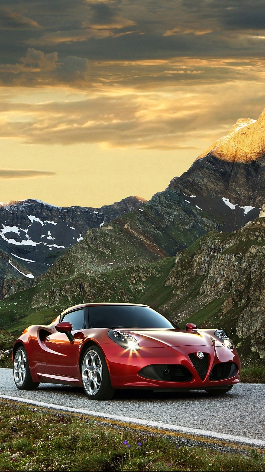 Pin By Red5 On Cars Alfa Romeo 4c Alfa Romeo New Cars For Sale