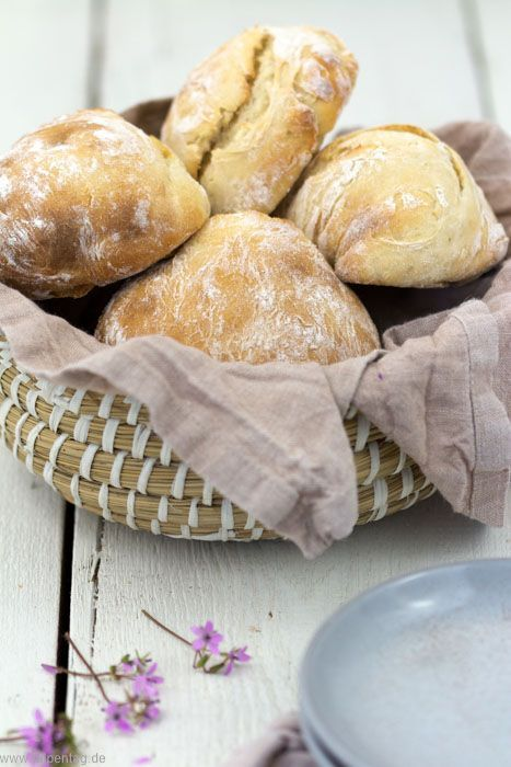 Photo of Quick rolls with spelled flour and yoghurt – tulip day. Food blog.