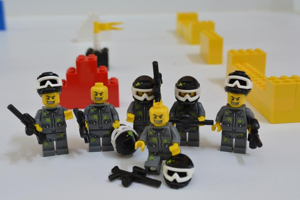 Paintball Player LEGO Minifigure Series 10 Paintballer FREE UK POSTAGE.