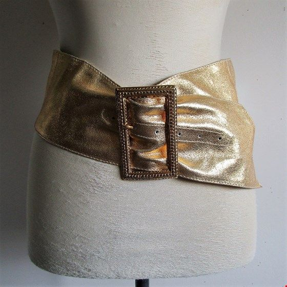 Vintage 1980s Gold Belt Leather Cummerbund 80s Gold Buckle Belt Large Ceinture en Cuir Grande