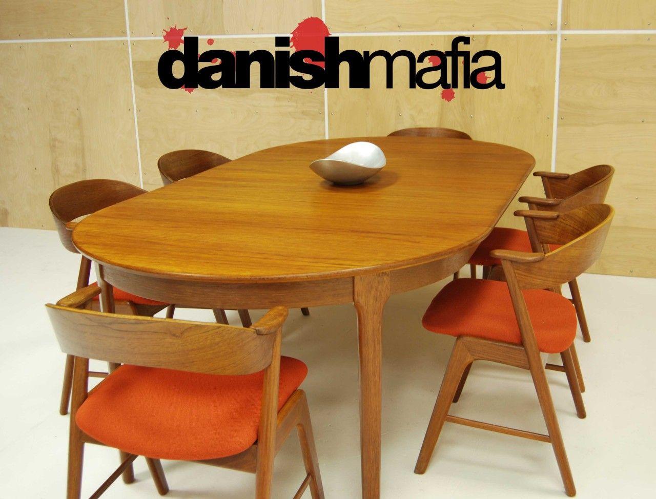 Mid Century Danish Modern Oval Teak Dining Table W 2 Leaves Teak Dining Table Dining Table Teak Garden Furniture