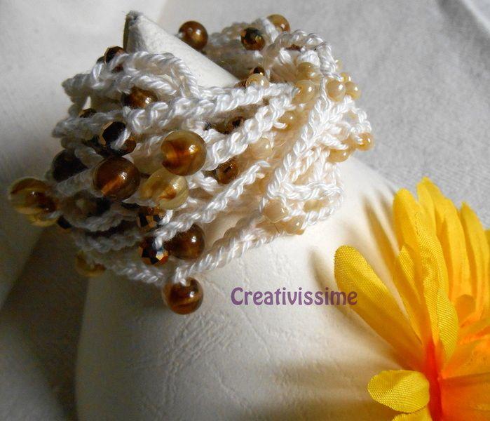 Braccialetto uncinetto e perline bedge di CREATIVISSIME su DaWanda.com