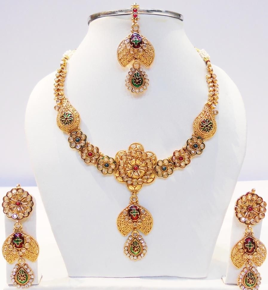 34 Awesome Gold Necklace Set Designs Images