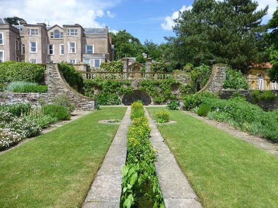 Hestercombe Gardens Express   beautiful gardens   Pinterest   Garden ...