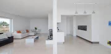 Suche Wohnzimmer Ideen Minimalistisch Weiss Wohnzimmer Interieur ... Wohnzimmer Ideen Minimalistisch