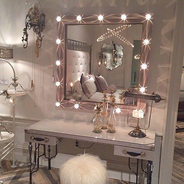 On table top mirror, cotton ball and q-tip holder, makeup quote - moderne wandbilder für wohnzimmer