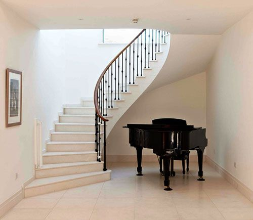 Best Curved Marble Staircase With Metal Balustrade And Oak 400 x 300