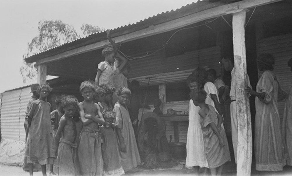 moore river settlement to jigalong