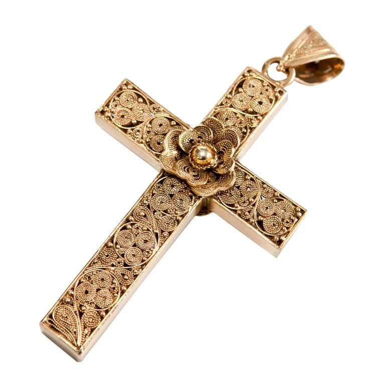 Indo portuguese gold filigree cross pendant gold filigree indo portuguese gold filigree cross pendant aloadofball Image collections