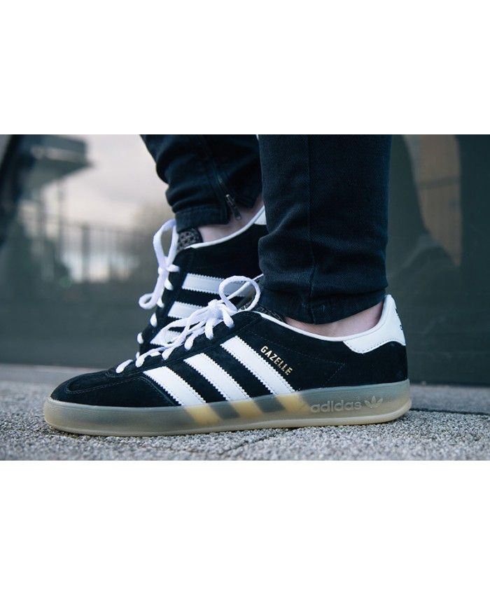 Adidas Gazelle Black Trainers On Feet | Adidas gazelle black
