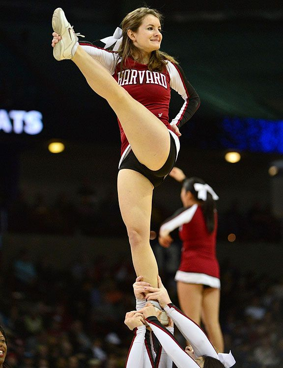 Cheerleaders 🐈 basketball hot college 15 Ridiculously