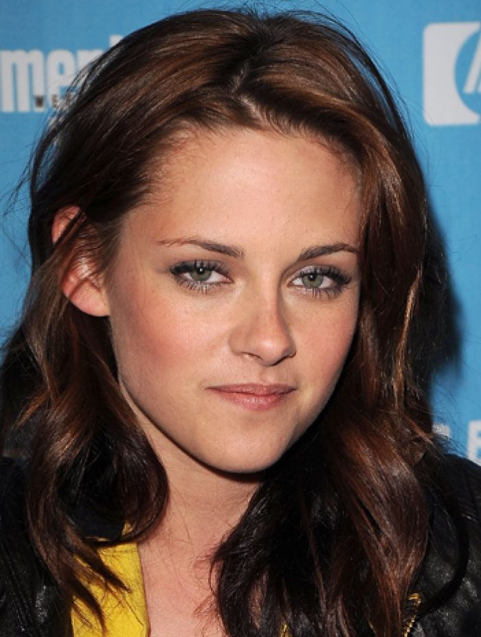 Greathairideas Com Kristen Stewart Hair Red Highlights In Brown Hair Red Brown Hair
