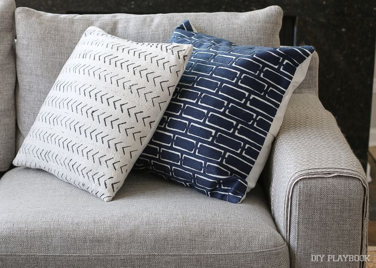 How to Choose Throw Pillows for a Gray Couch | The DIY Playbook