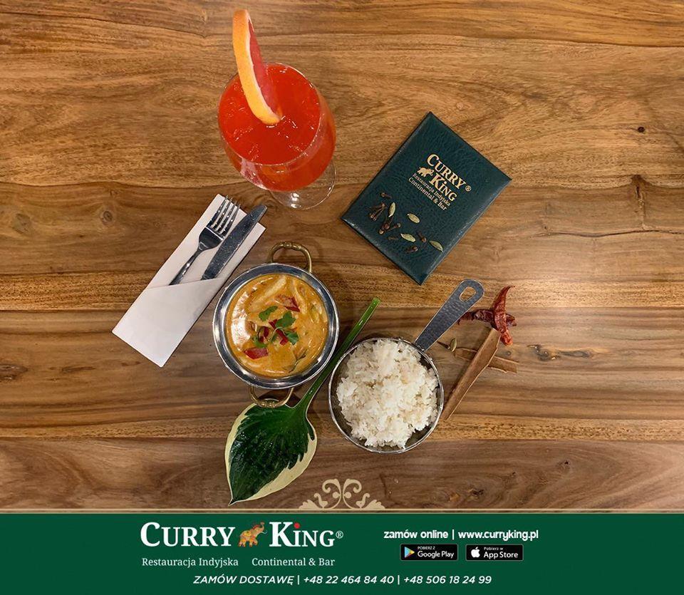 Methi Chicken Lub Dal Tadka Wraz Z Indyjskim Chlebem Naan Lub Ryzem Basmati Cena To Tylko 19 Zl W Godzinach 11 00 14 00 Serdecznie Za Curry Food Kitchen