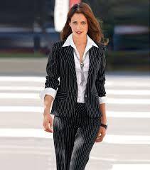 137f9d89d509 Resultado de imagen para mujeres de oficina con corbatas | Moda ...