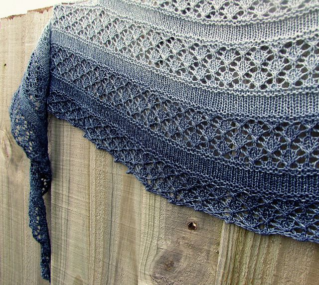 Ravelry Free Knitting Patterns : Serenity Shawl - simple, clean openwork. Crescent shawl ...