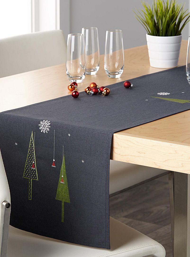 le chemin de table no l moderne 4 formats disponibles. Black Bedroom Furniture Sets. Home Design Ideas