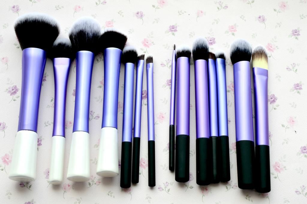 real technique brushes set. the 14 piece imitation real techniques brush set for less than £10 technique brushes