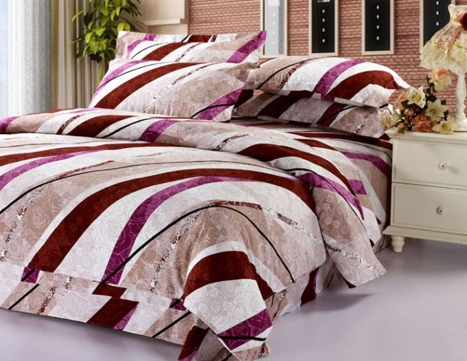 Stylish Colorful Linellae Printed 4 Pieces Printed Cotton Bedding