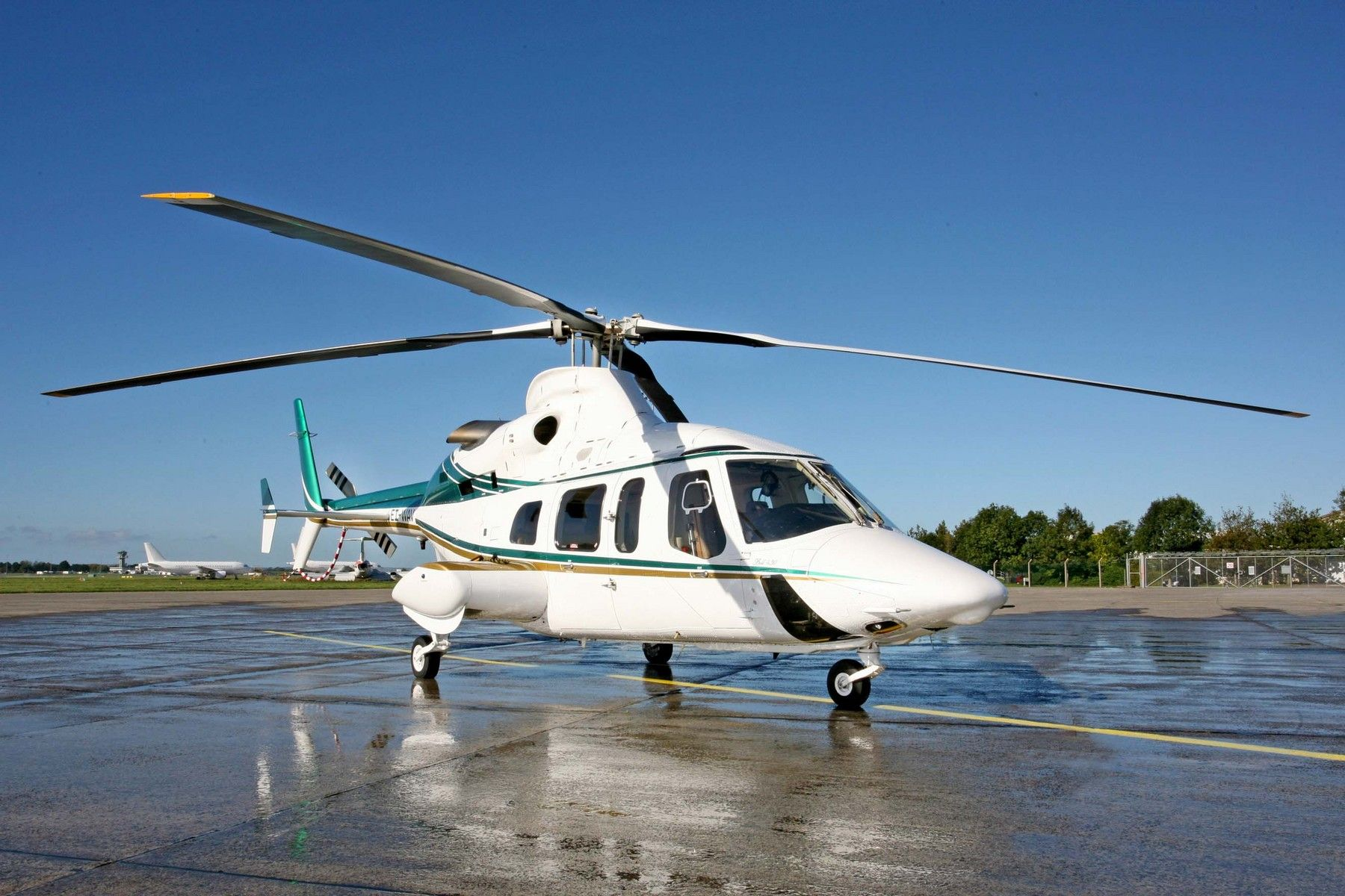 1997 Bell 430 - Dual Pilot IFR Certified, VIP 6 PAX Configuration (Provisions for 2 Additional Seats), Auxiliary Fuel Tank, Environmental Control System =>