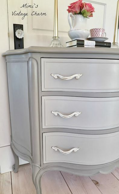 Ann Sloans French Linen Color Drawers Mixed With And White Pulls Are But Distressed Diy Furniture Painted Dresser