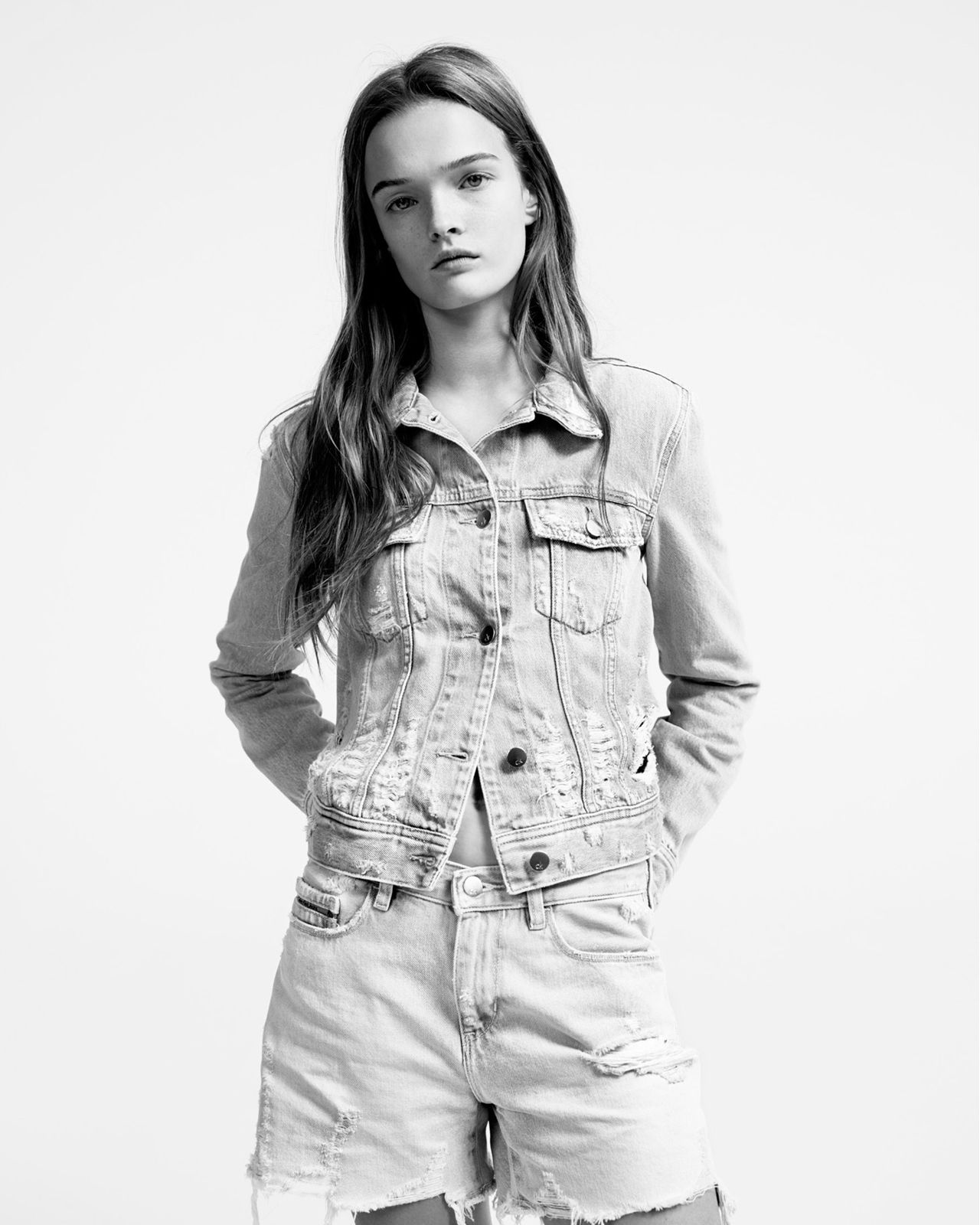 Model Lulu wears denim jacket + shorts from the Calvin ...