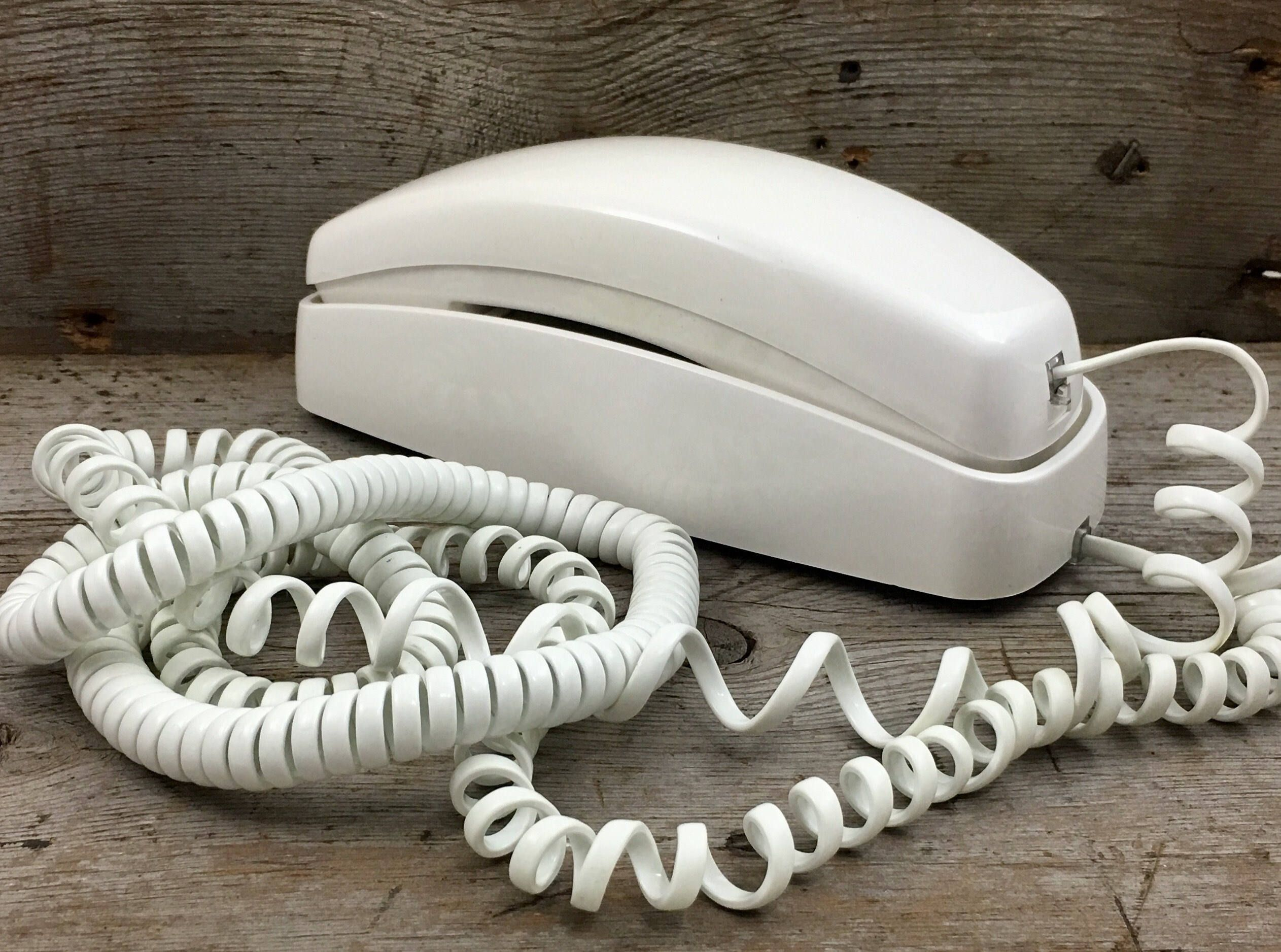 Vintage White Extra Long Cord At T Push Button Trimline 210