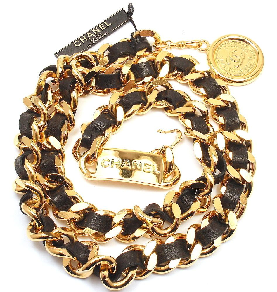"""You are bidding on a GORGEOUS VINTAGE AUTHENTIC CHANEL CHUNKY BLACK LEATHER GOLD TONE BELT,34"""" Hallmarks: Chanel (on hook) Metal: Gold Tone and leather. Adjustable to fit up to 34 inch waist. 34"""" long."""