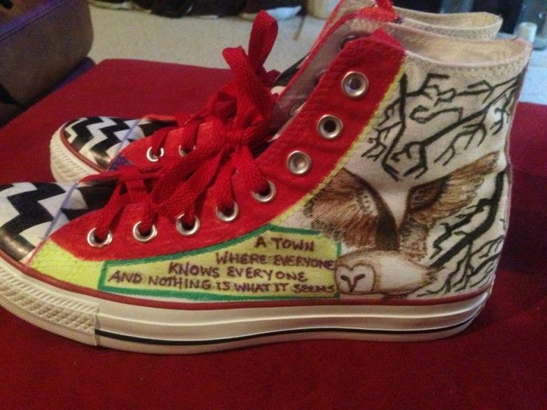Custom All Stars >> Twin Peaks Customized Converse Chuck Taylor All Stars Things I D