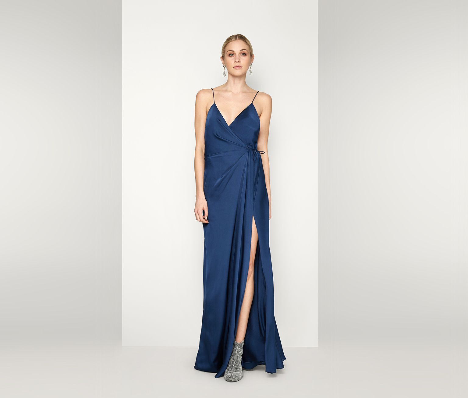 793ce53c4f285 The Auriga  either my dress in white (obvi) or the bridesmaids in black. I  do like this color blue