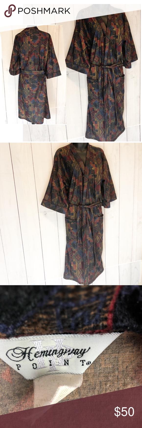 a40e5c282f Vintage 70s Hemingway Point Men s Robe Medium Vintage 70s SO SOFT Hemingway  Point Men s robe Size