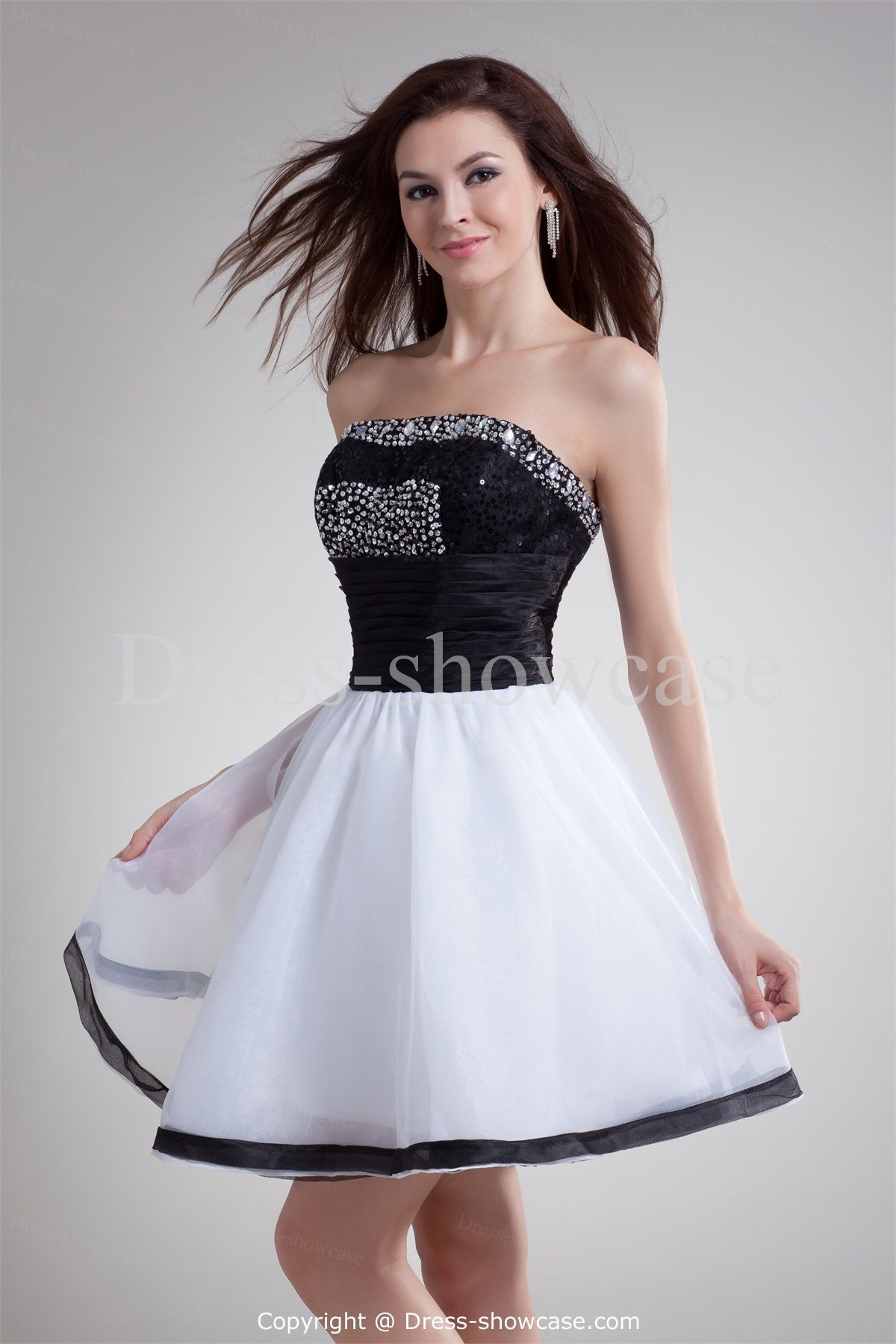 Get Suitable Dress with Black Cocktail Dresses : Black White Short ...
