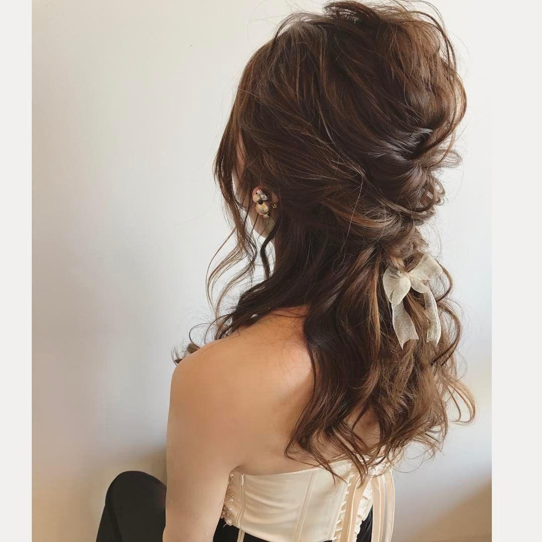 結婚式 ヘアアレンジ おしゃれまとめの人気アイデア Pinterest Miho S 2020 結婚式 ヘアスタイル お呼ばれ ヘアスタイル 結婚式 ダウンスタイル