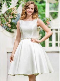 Corte A/Princesa Escote redondo Hasta la rodilla Satén Tul Vestido de novia con Bordado Lentejuelas