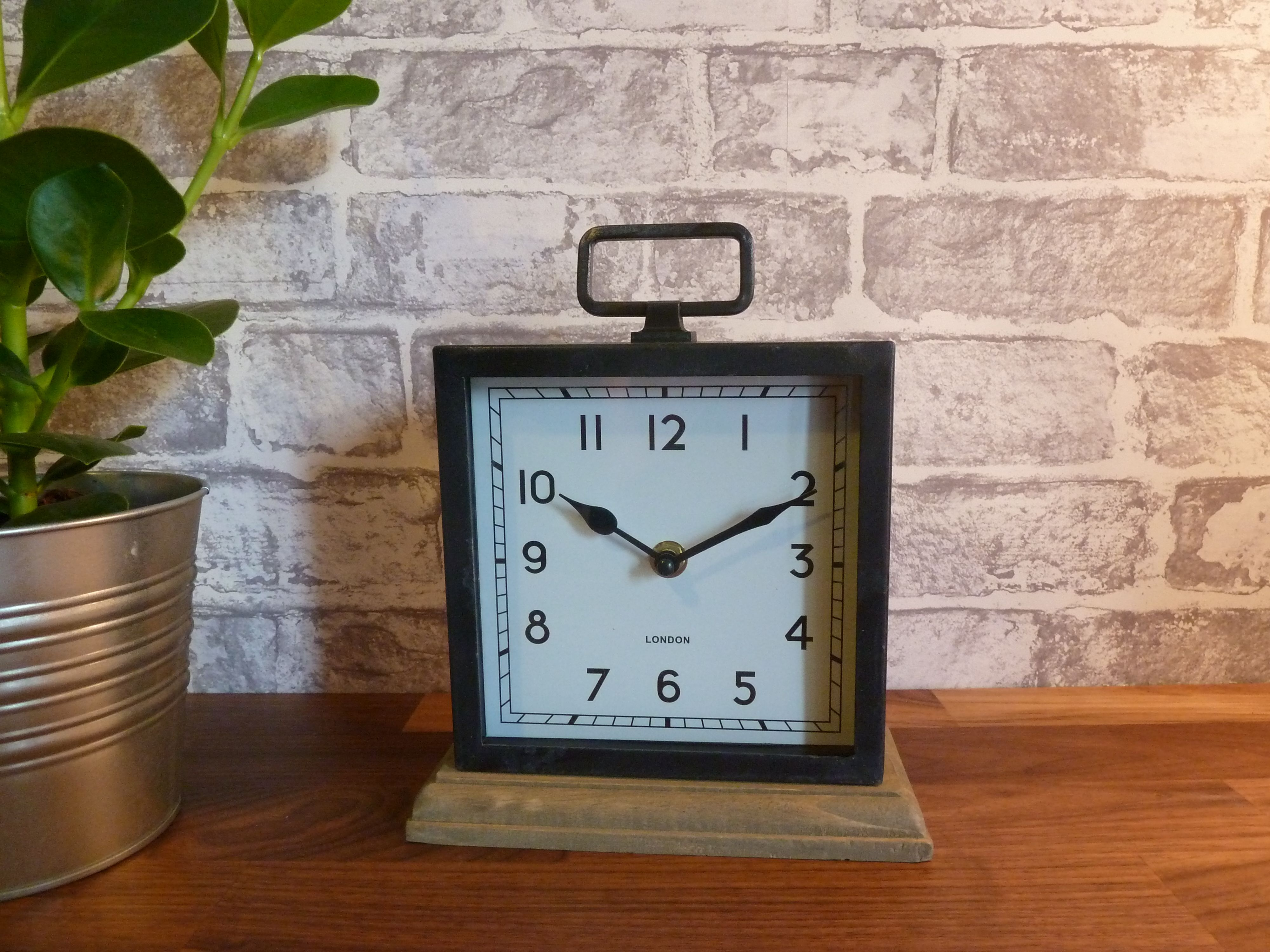 Rustic Distressed Metal Wood Mantel Clock A Lovely Distressed Iron Metal Mantel Clock With A Wooden Base Its White Face With Clock Mantel Clock Mantle Clock