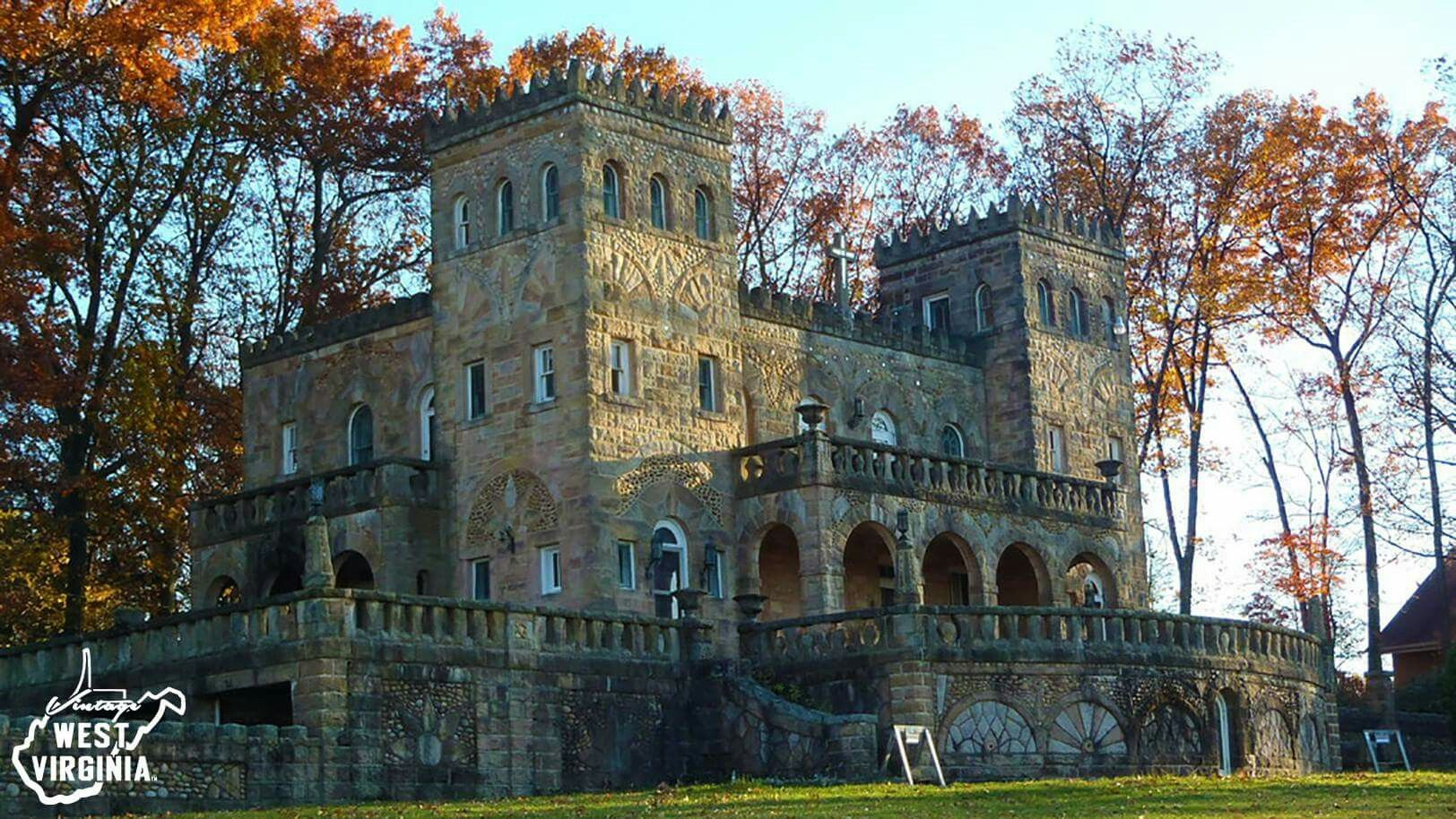 The Pietro Castle On Tyrone Road In Morgantown Monongalia County Photo Haphazard11 Via Flickr The Castle Was Bu West Virginia Places To Travel Morgantown