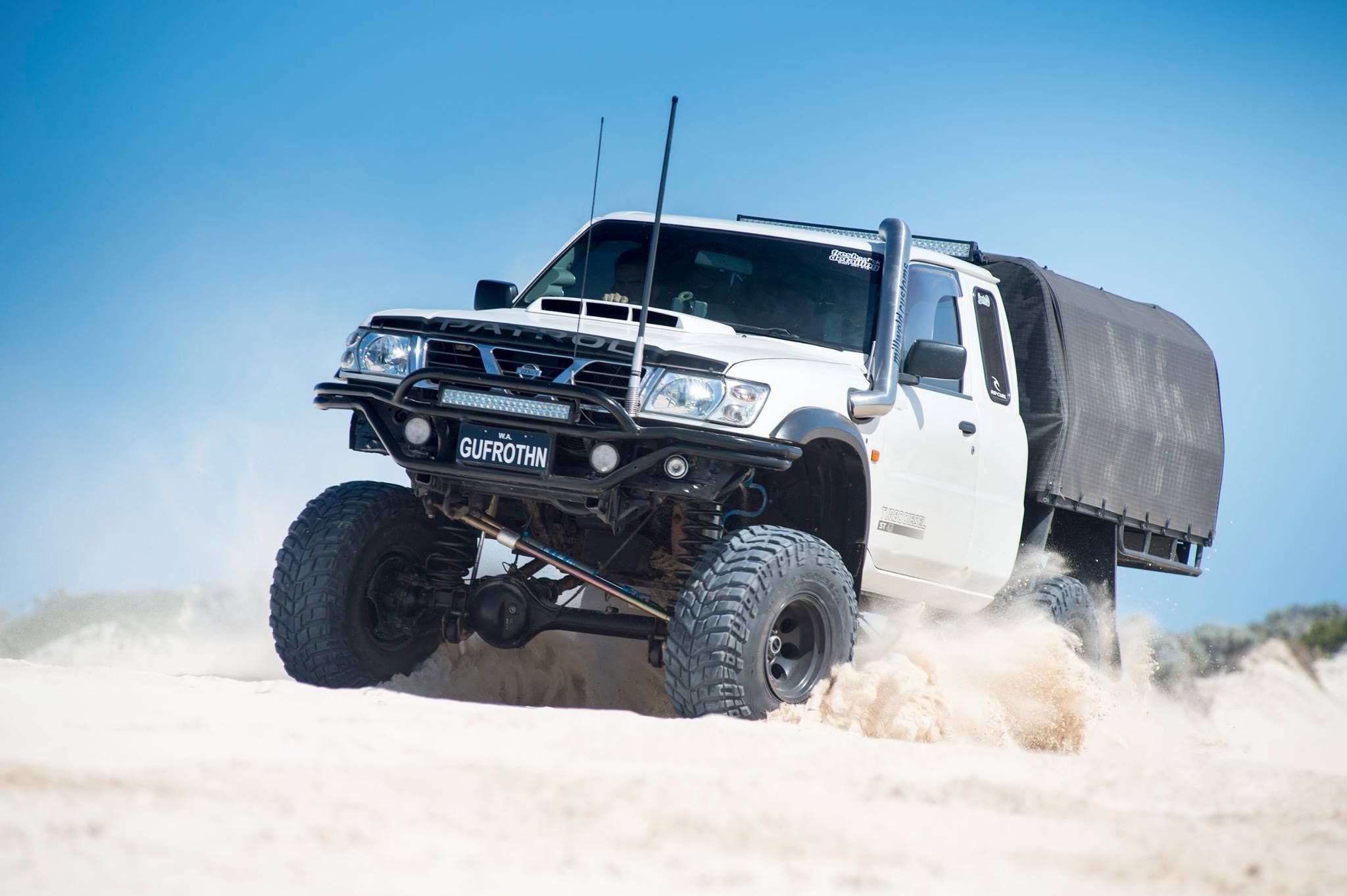 another gu ute off road pinterest 4x4 nissan patrol and nissan. Black Bedroom Furniture Sets. Home Design Ideas