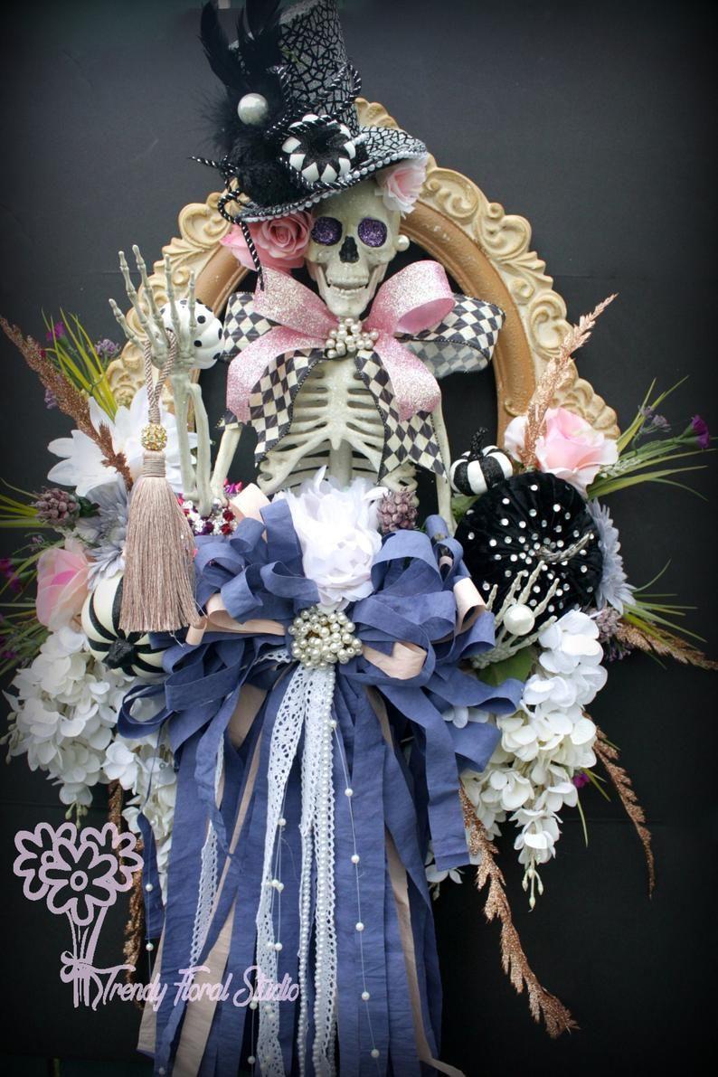 Halloween 2020 Photo Frame With Bow Halloween Wreath with Skeleton & Rag Bow in 2020 | Halloween