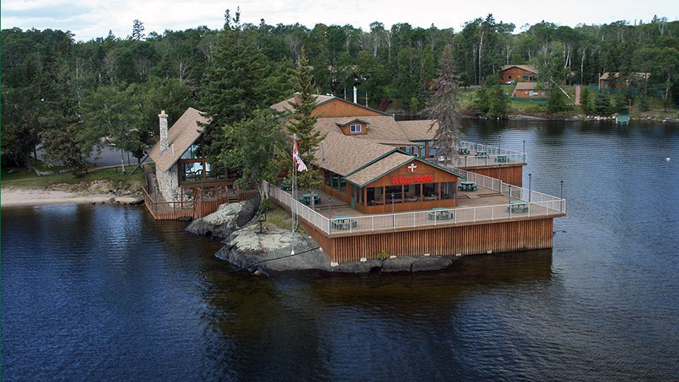 totem resorts on lake of the woods in sioux narrows. Black Bedroom Furniture Sets. Home Design Ideas