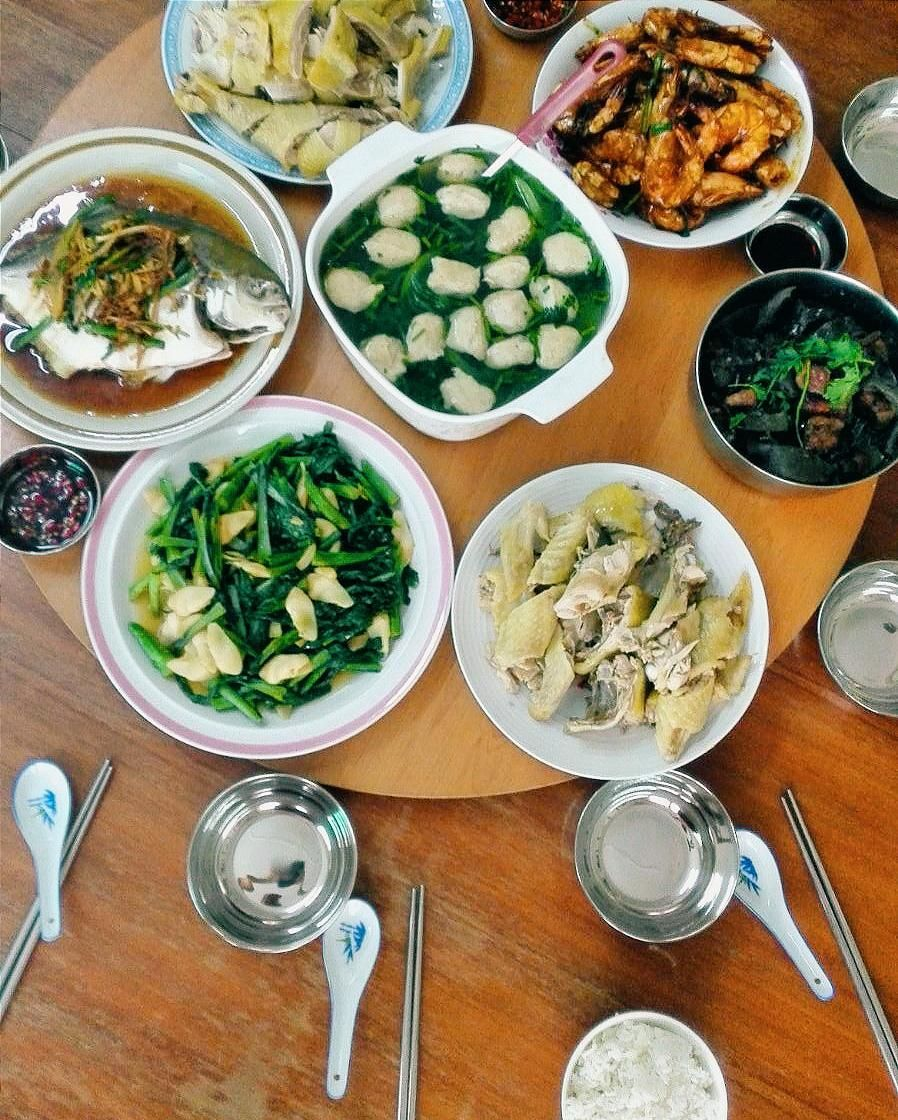 Home cooked food on the 2nd day of Chinese New Year. Feel