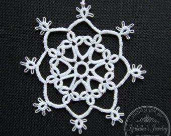 Piccola mano tatted fiocco di neve di Natale ho di GaleriaKoronki