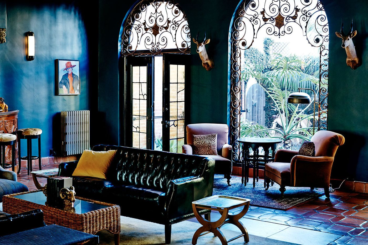 santa monica sofa set camas bogota modernos eclectic living room photos chesterfield