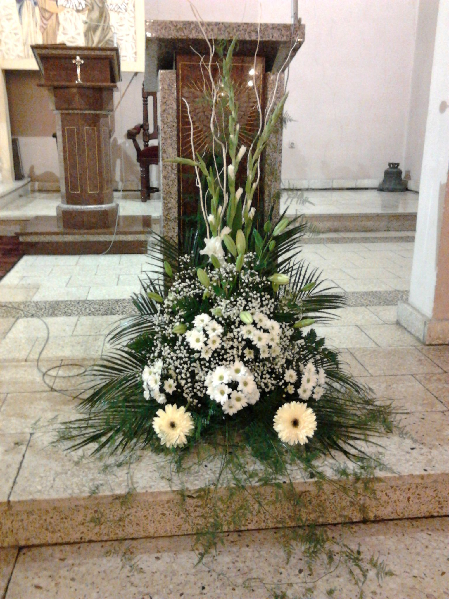 Pin by hets sumi on wedding spl pinterest churches church altar flowers wedding ceremony flowers church flowers church flower arrangements funeral flowers floral arrangements wedding ceremonies izmirmasajfo