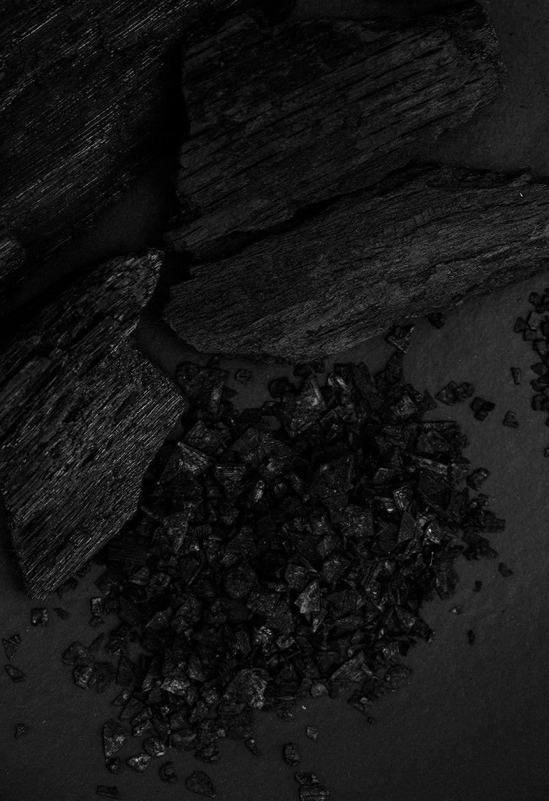 ILA Black Lava Salt