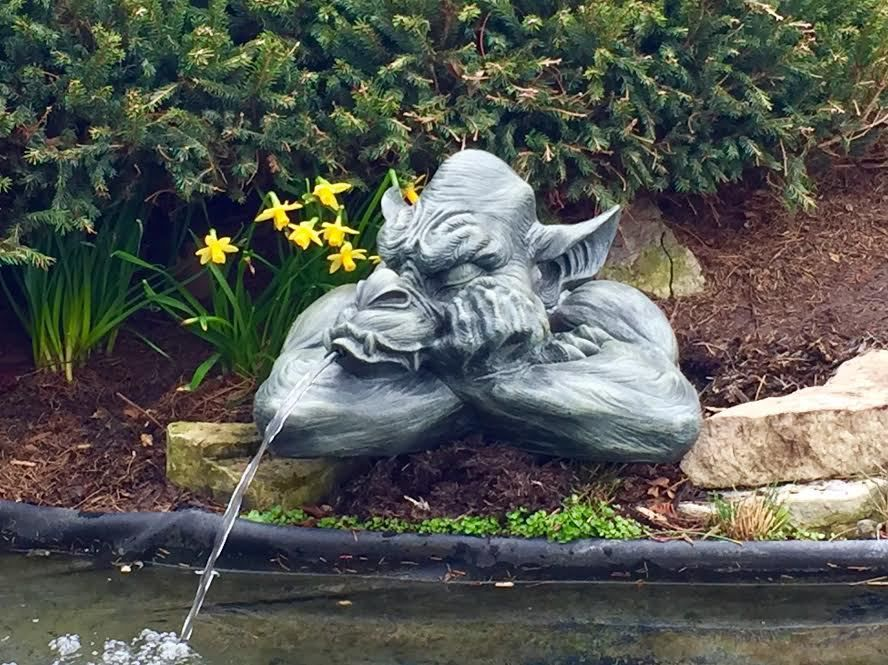 Stsatuette For Outdoor Ponds: Goliath The Gargoyle Spitter For Ponds