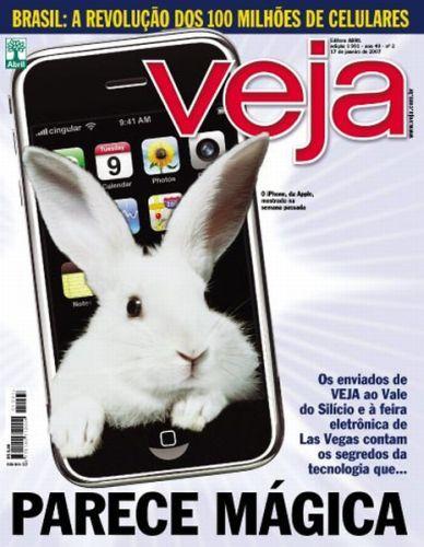 A edição de número 1991 de VEJA trouxe o lançamento do iPhone, smartphone criado pela Apple que revolucionou o setor.    Acesse a edição completa no Acervo Digital de VEJA: http://goo.gl/flJLr