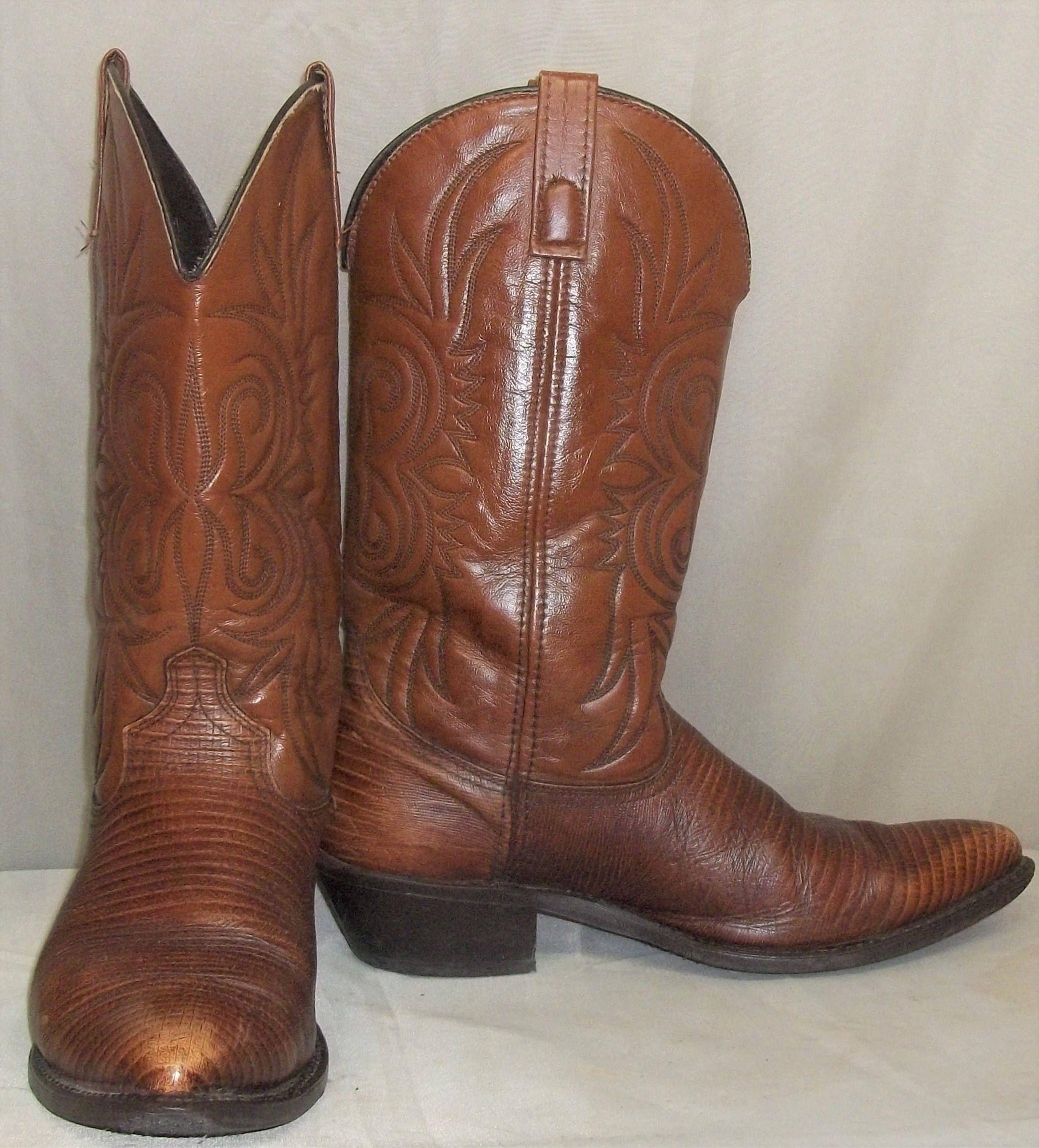 Faux Leather Vegan Lizard Cowboy