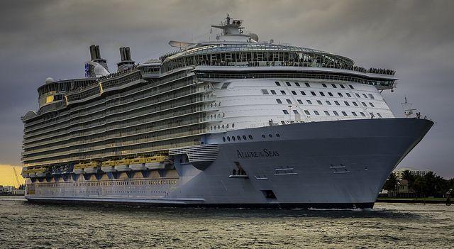 Floating City Floating City Cruise Liner Cruise Ship