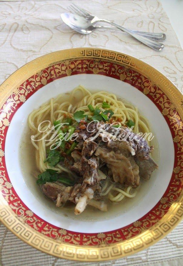 Azie Kitchen Mee Sup Tulang Yang Sedap