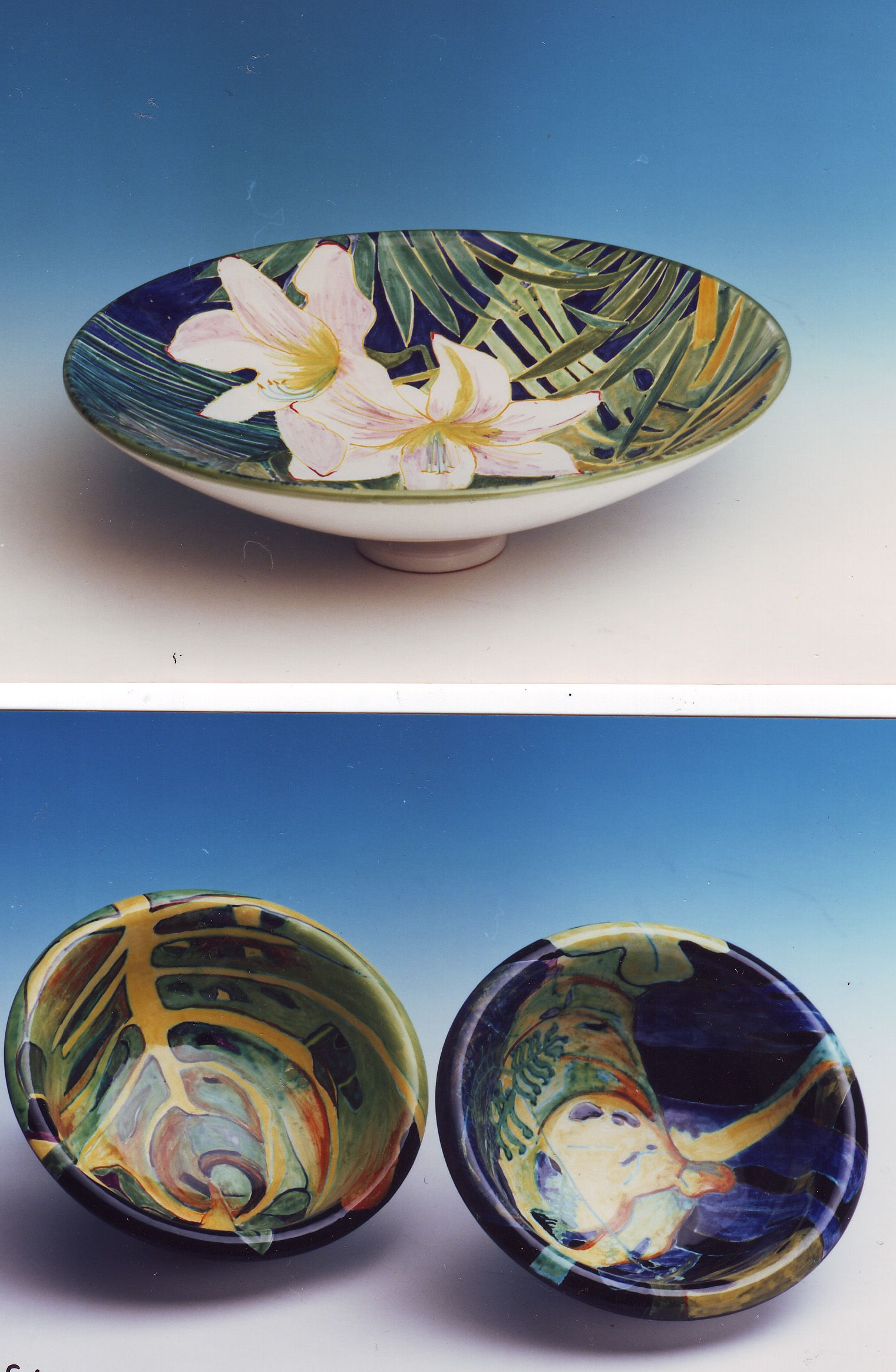 Three Bowls Designed Handpainted In Deruta Italy For Ubaldo Grazia By Mopokeowl Australia Bowl Designs Decorative Bowls Bowl
